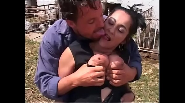 farmers lesbian amateur daughters squirting with huge tits