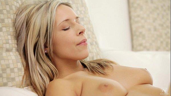 NubileFilms Deep pussy massage Thumb