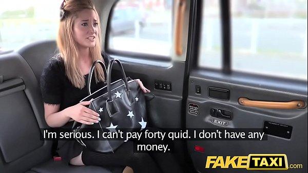 סרטון פורנו Fake Taxi Petite blonde in pull up stockings