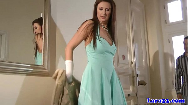 Drilled english milf jizzed in mouth Thumb