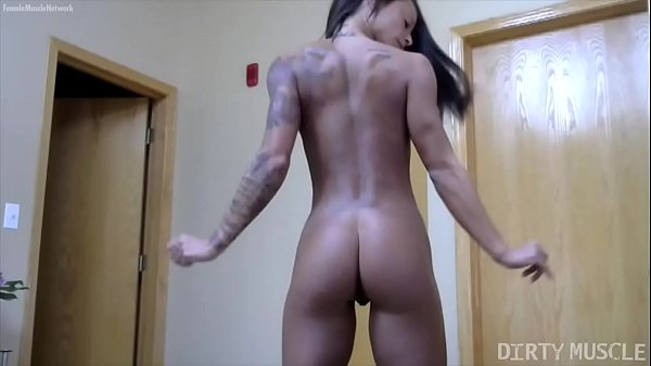 Naked Female Bodybuilder Brianna Frost Strip Masturbation