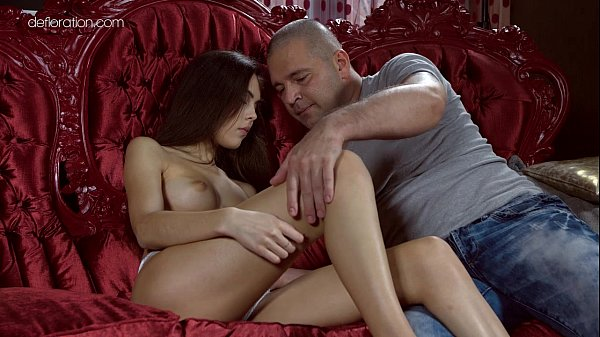 Anastasia Seymour is losing virginity with a porn actor Thumb