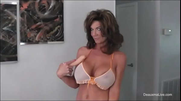 Deauxma More Squirting