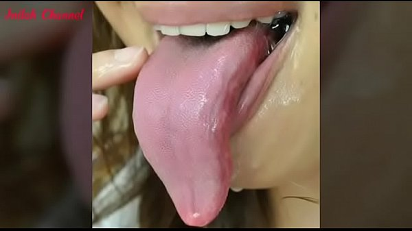 Long tongue lover Thumb