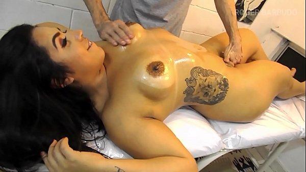 delicious brunette massage, sex orale lots of masturbation Thumb