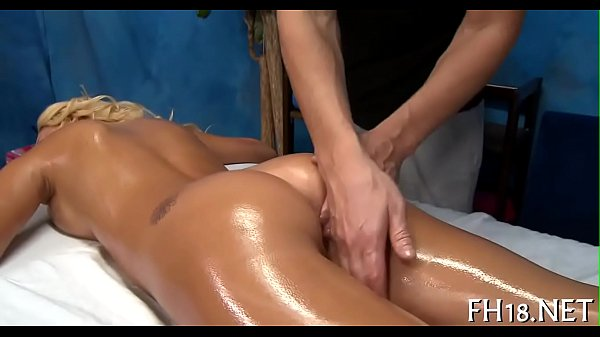 Massage nude Thumb