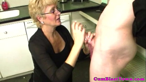 Cumshot loving granny enjoys cum torrent