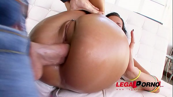 Tanner Mayes Anal