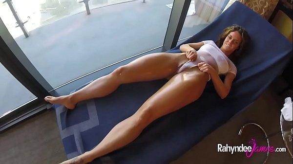 Бабу в теле ебут в жопу порно