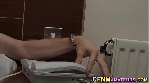 Медсестра сосет у любимого парня