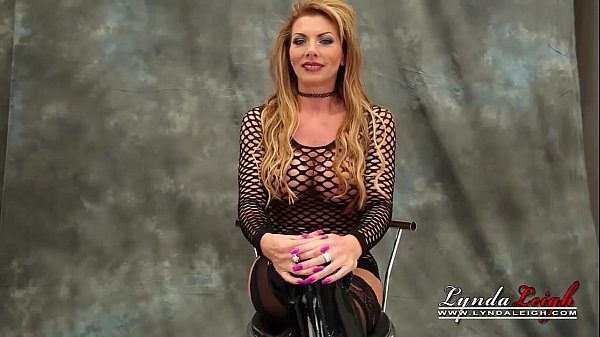 British Milf Lynda Leigh Casting Day Strip Pussy Boobs Ass  thumbnail