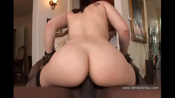 Please Fuck My White Pussy BBC Thumb