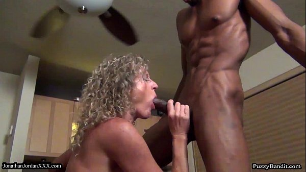 11 INCHES OF HARDCORE POUNDING JohnathanJordanXxx.com Thumb
