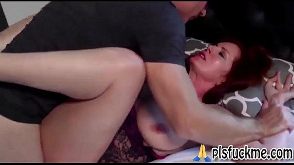 Порно со спящими женщинами подглядывание
