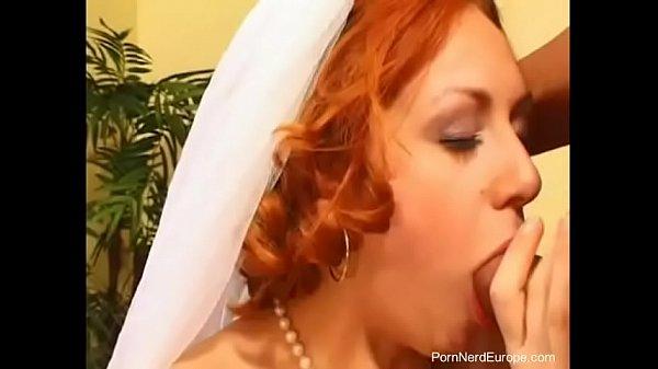 Порно ебали невесту
