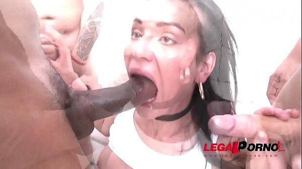 Mamma scopata porno americano con traduzione
