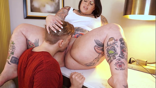 Bossy BBW Sugarbooty with HUGE ASS has her way with her Big Cock Intern Steve Rickz