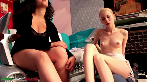 Arrives Elisa First Part - 2 Girls Foot Worship 1 Slave