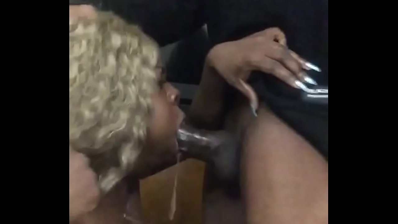 Ebony Sucking Big White Dick