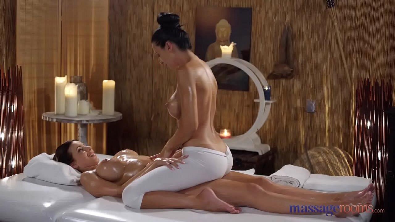 Lesbian Oil Massage Dildo
