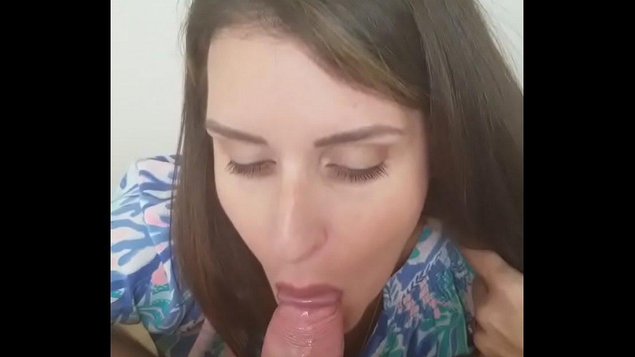 Amateur Wife Seduced Lesbian