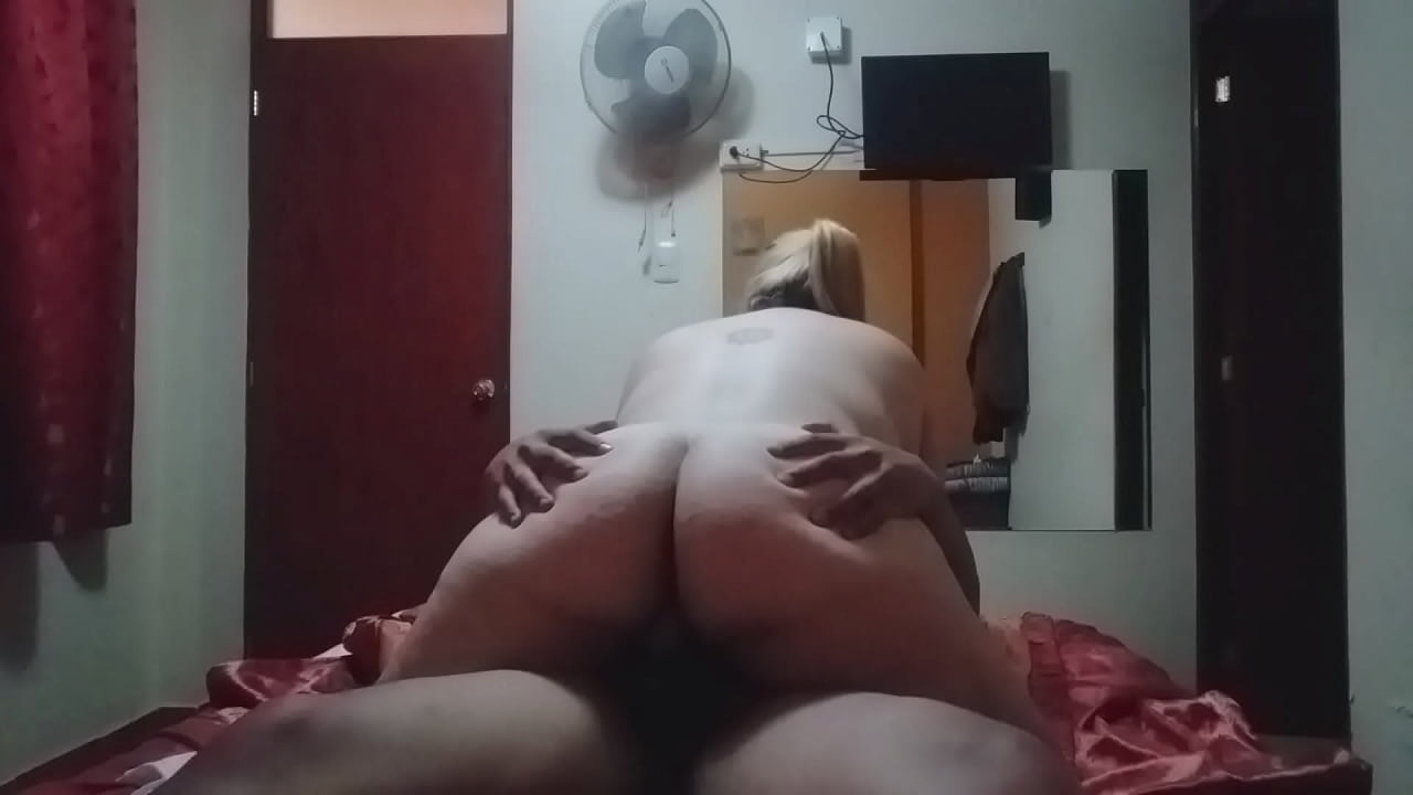 Teen Rides Dick Like Pro