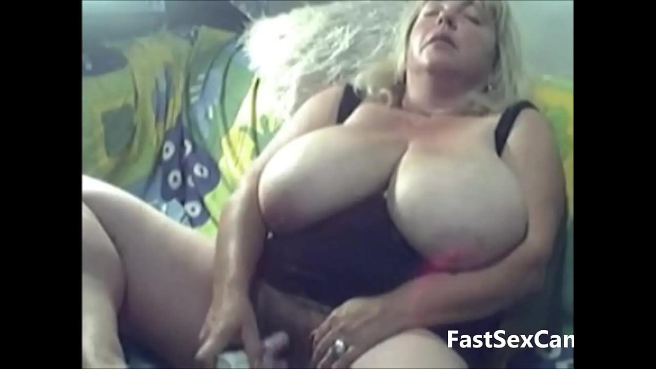 Granny big boobs video Blonde Granny Big Boobs Masturbating Xvideos Com