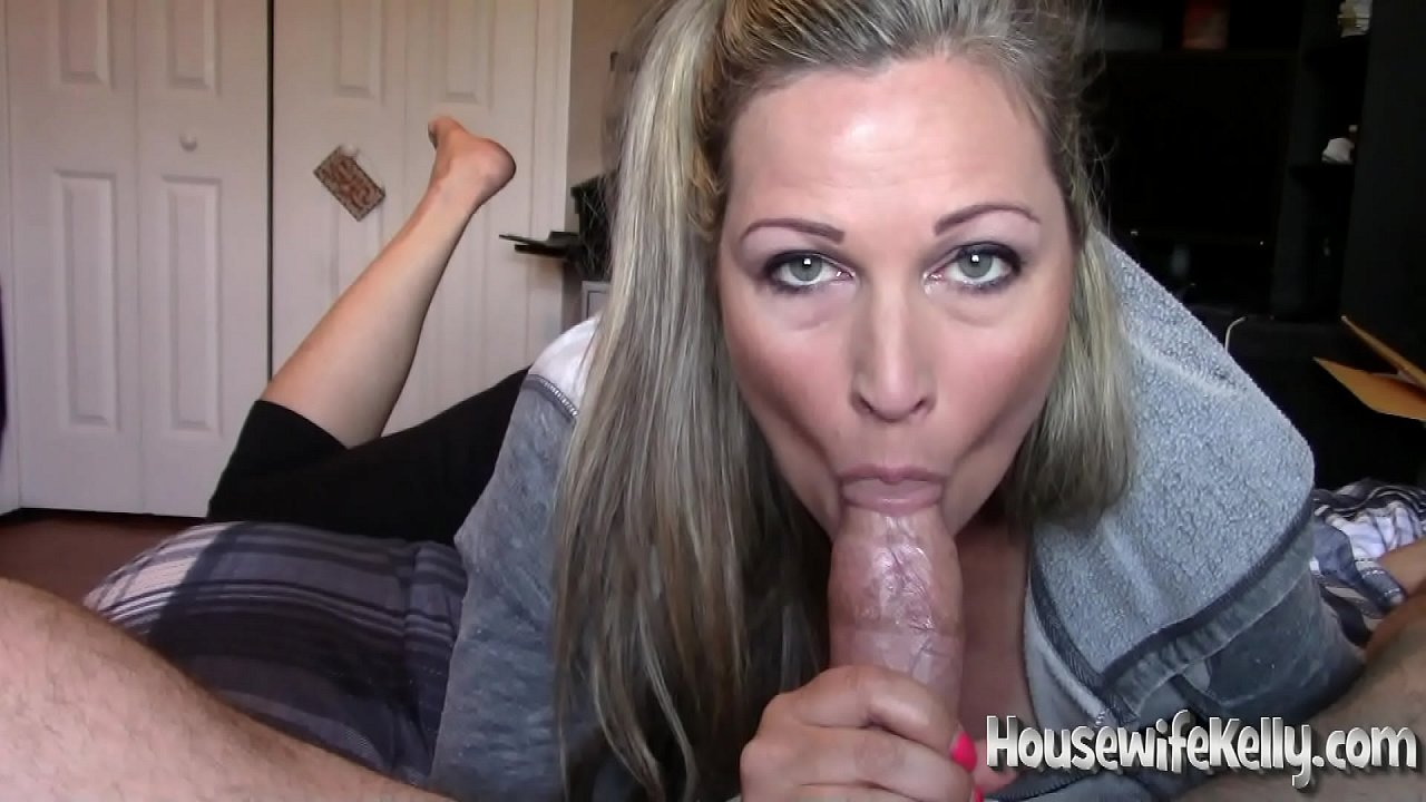 Best Friends Mom Gives Blowjob