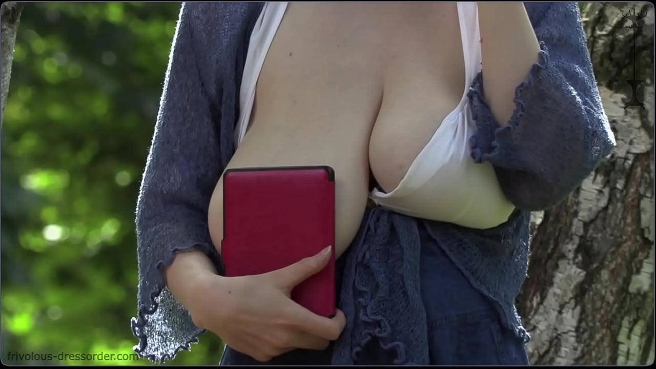 Amazing Natural Tits Teen