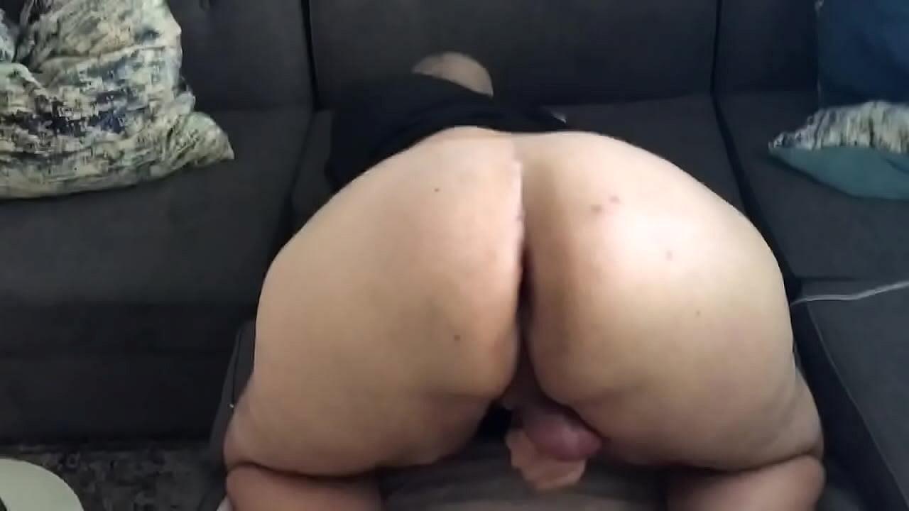 amateur white bubble butt bbc