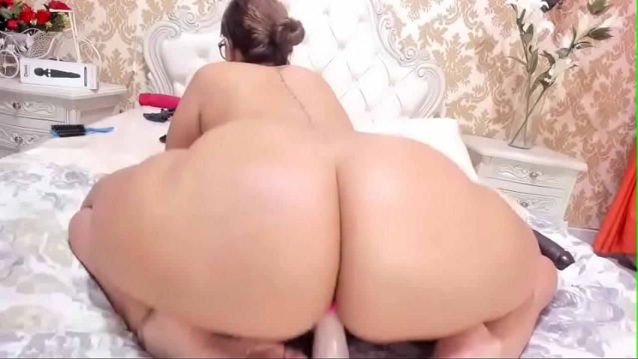 cristal cherry anal