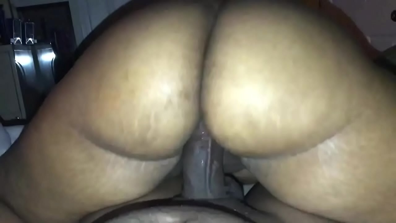 Big Booty Riding White Cock