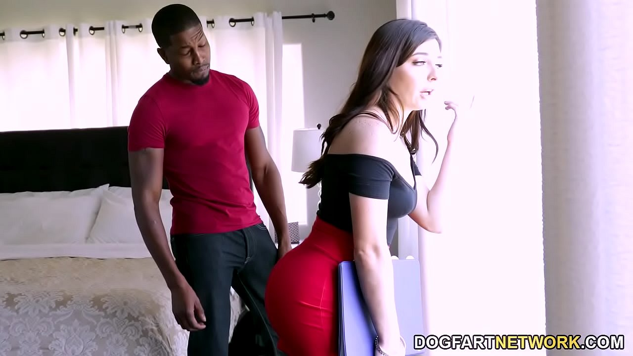 Keira Croft knows hot use sex making business