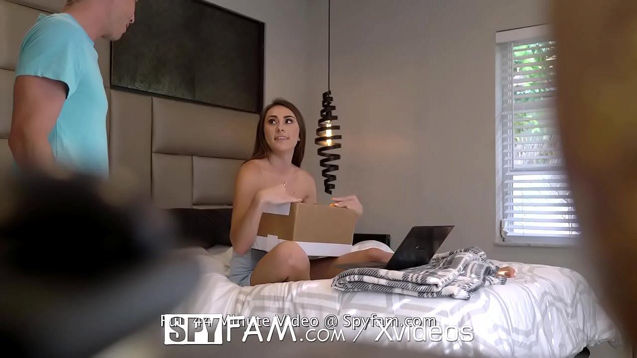 SPYFAM Bi Curious Step Sister Fucks Big Dick Step Bro  thumbnail