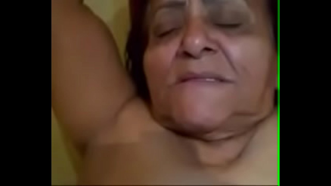 65 Year Old Granny Amateur