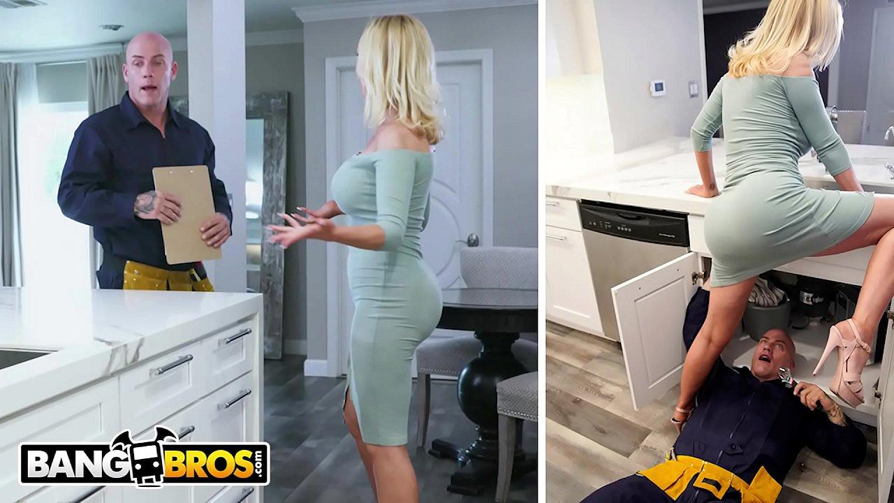 Nikki Benz får sine rør repareret af blikkenslager Derrick Pierce