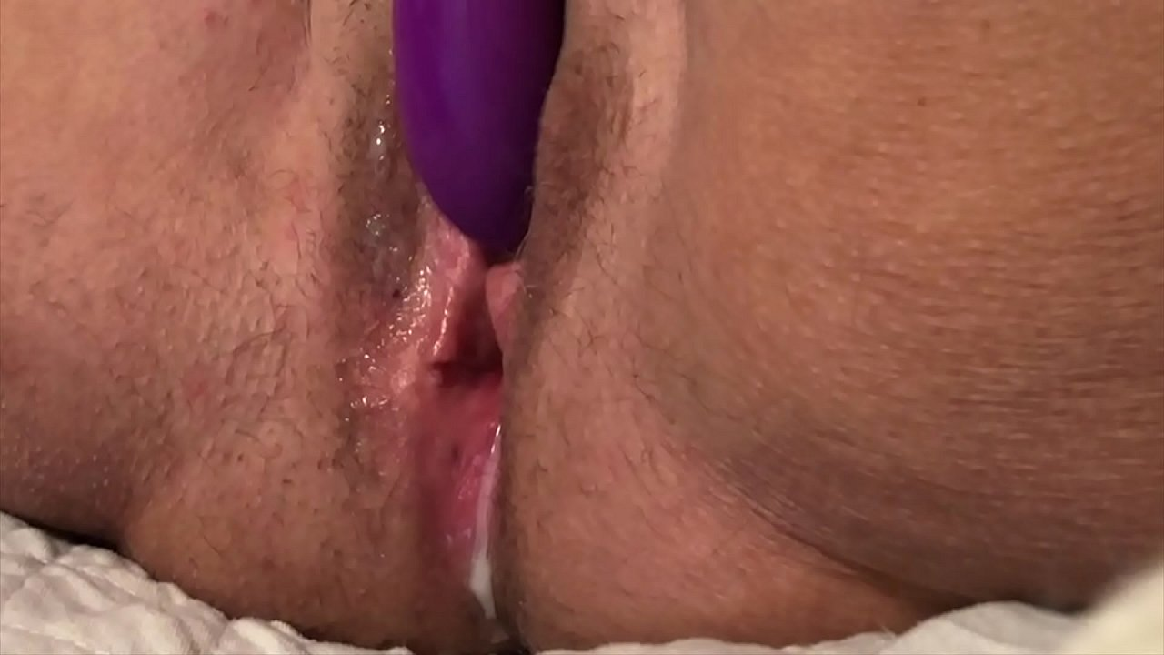 Ebony amateur busty nude