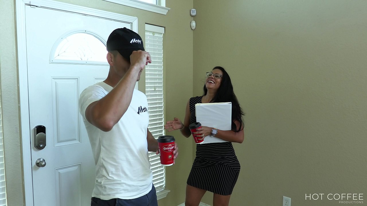 SOLD! Realtor fucks her client and makes him cum twice