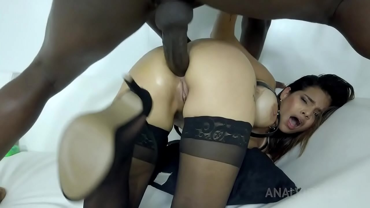 Mila Garcia's real anal with BBC NT015