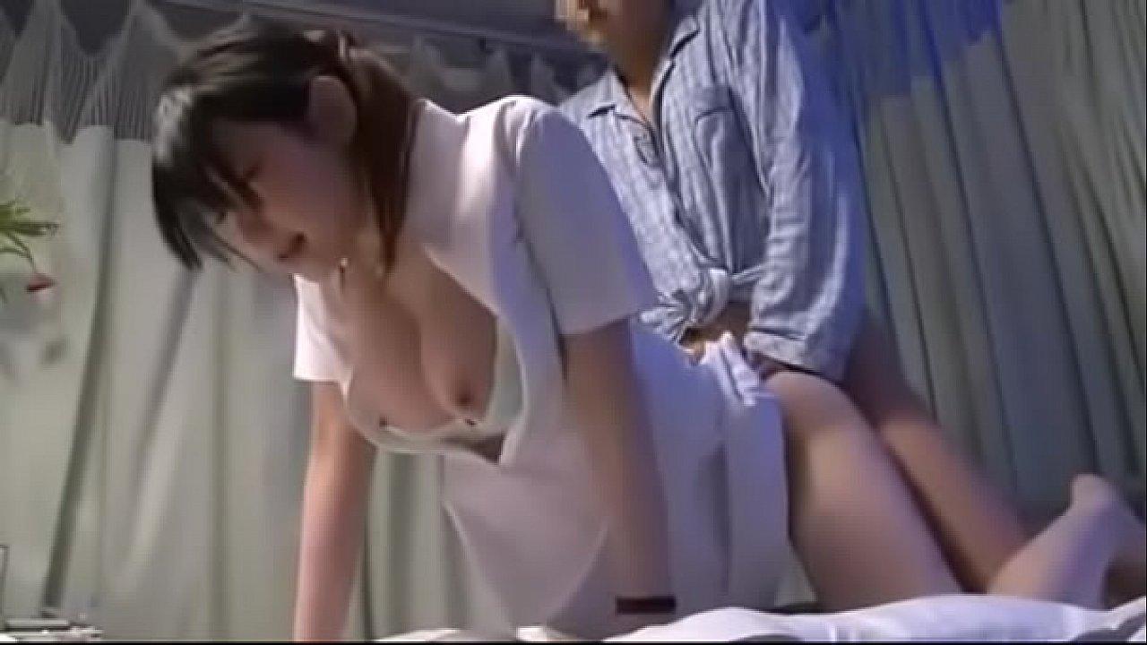 y tá lấy tinh trùng