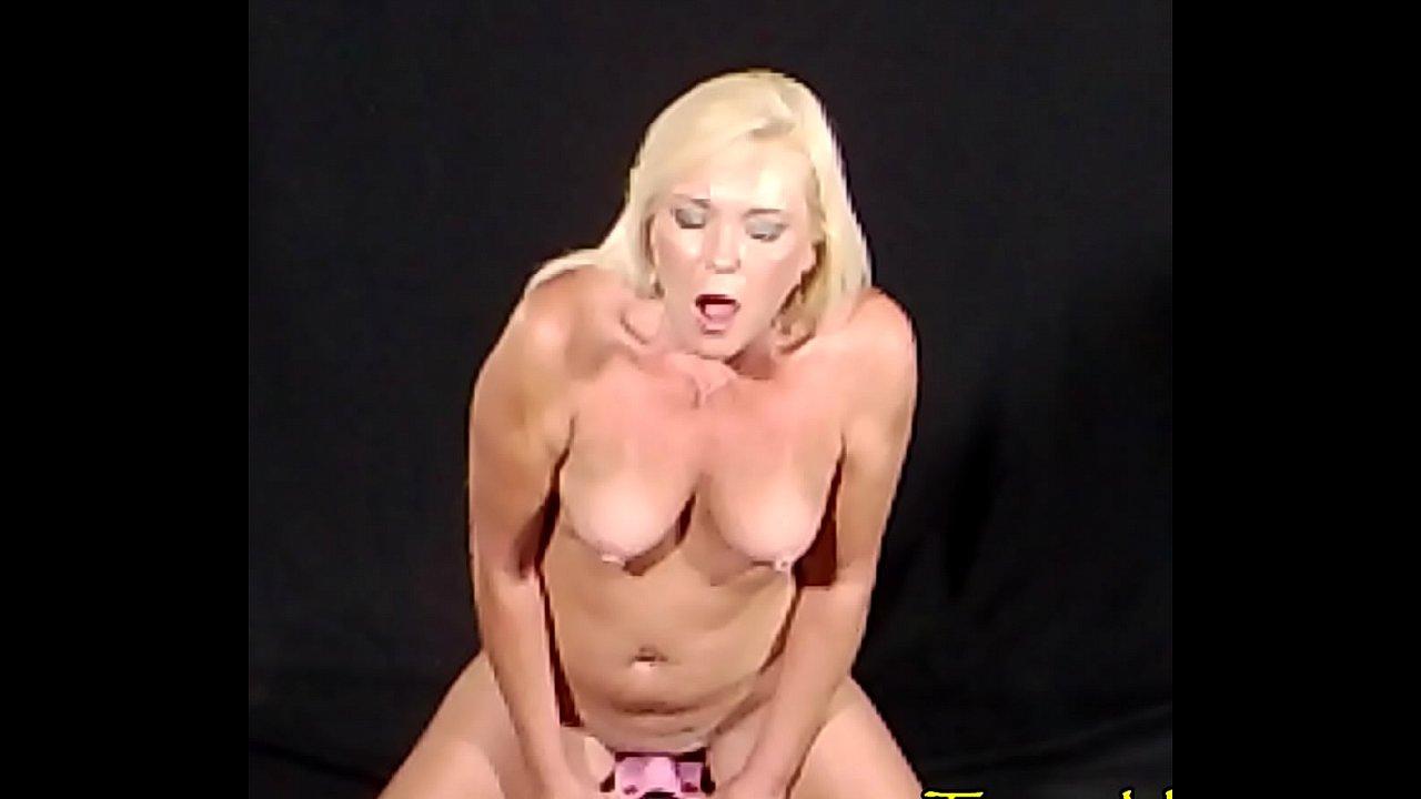 pinky porn star pussy