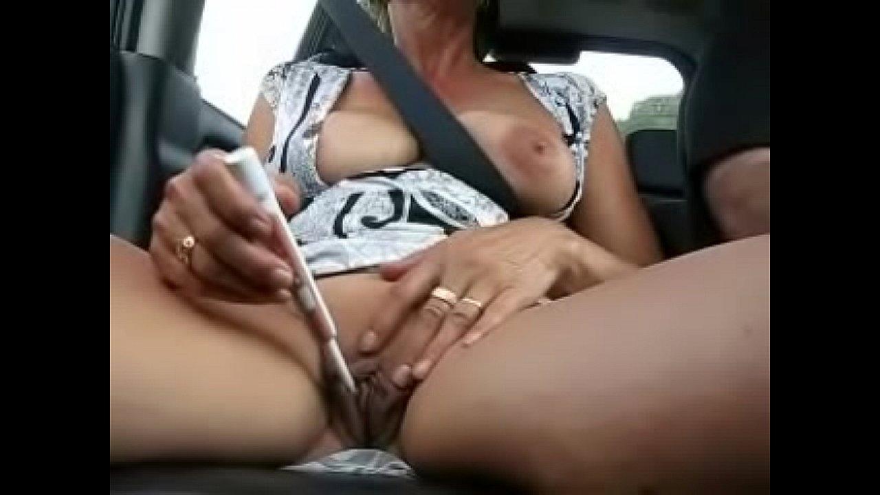 Girl Masturbates Parked Car