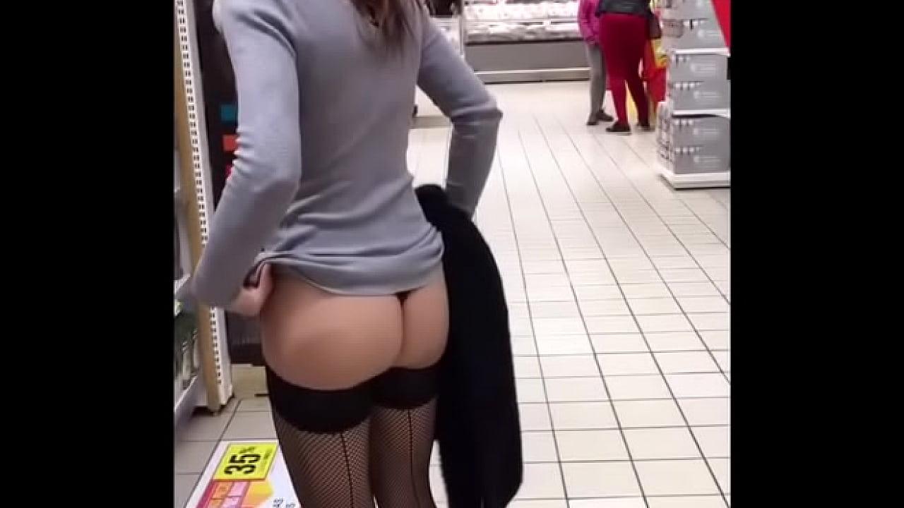 Tuga levanta a saia no mercado