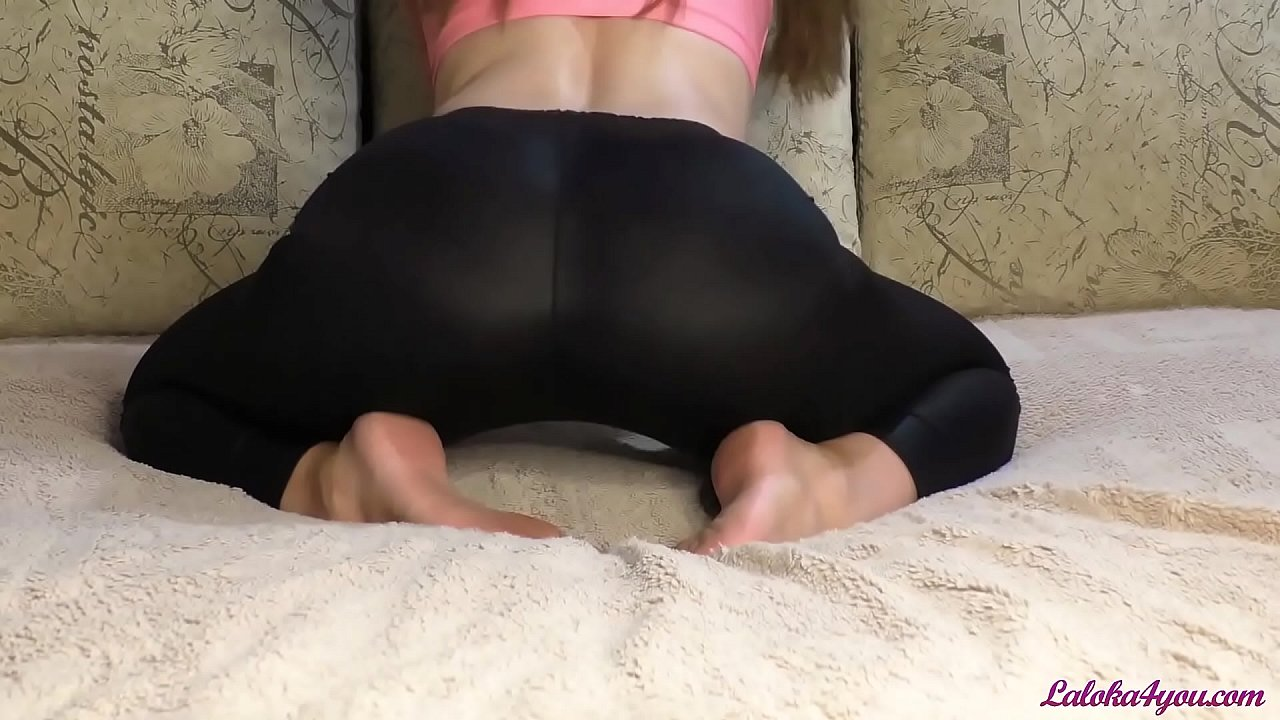 Booty Babe in Leggings Suck and Riding on Big Cock To Huge Facial
