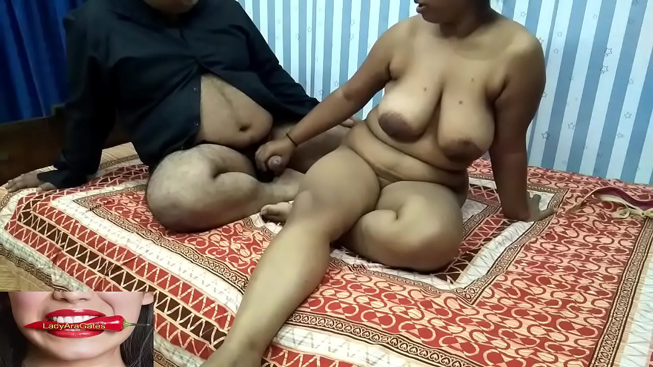 Sexy young girl doing sex without clothes