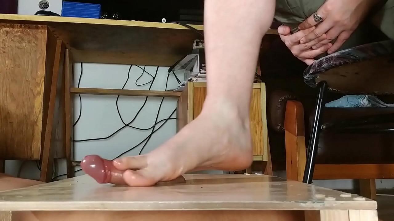 Big Feet Footjob