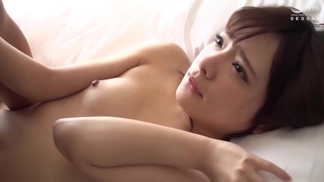 หนังโป๊ญี่ปุ่น ความน่ารักของเธอนั้น เย้ายวน ทำให้หนุ่มๆนั้นใจแตก