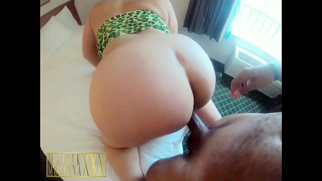 Big Natural Tits Teen Latina