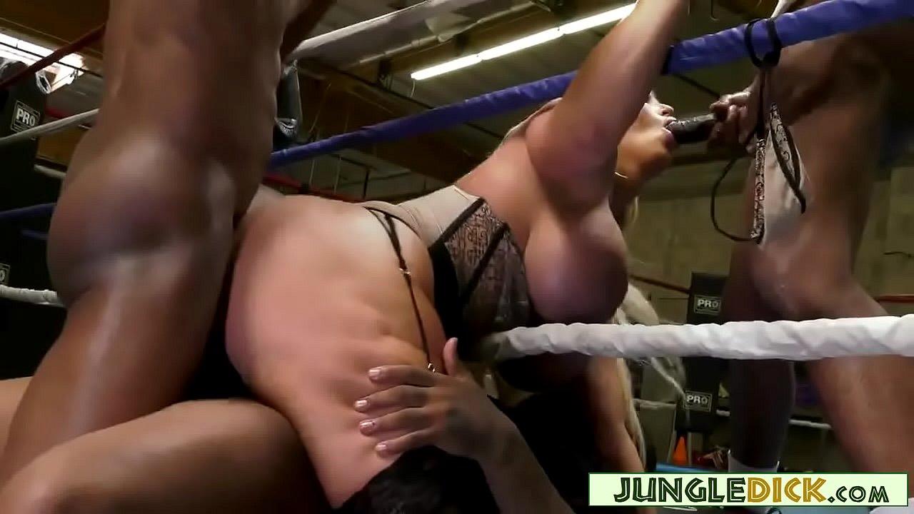 Alura Jenson Interracial Dp Porn mature blonde reporter gangbangedblack boxers - alura