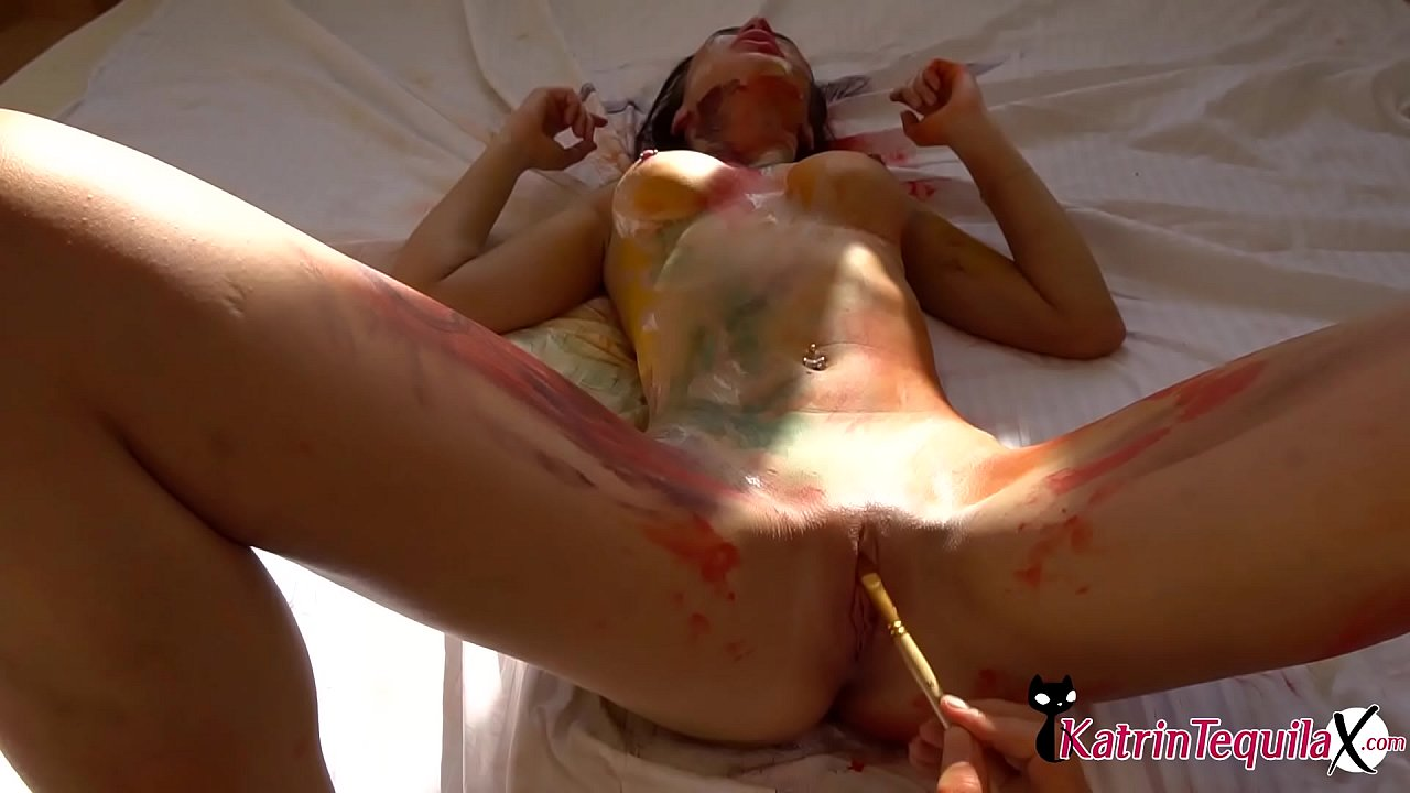 Body Paint Pussy